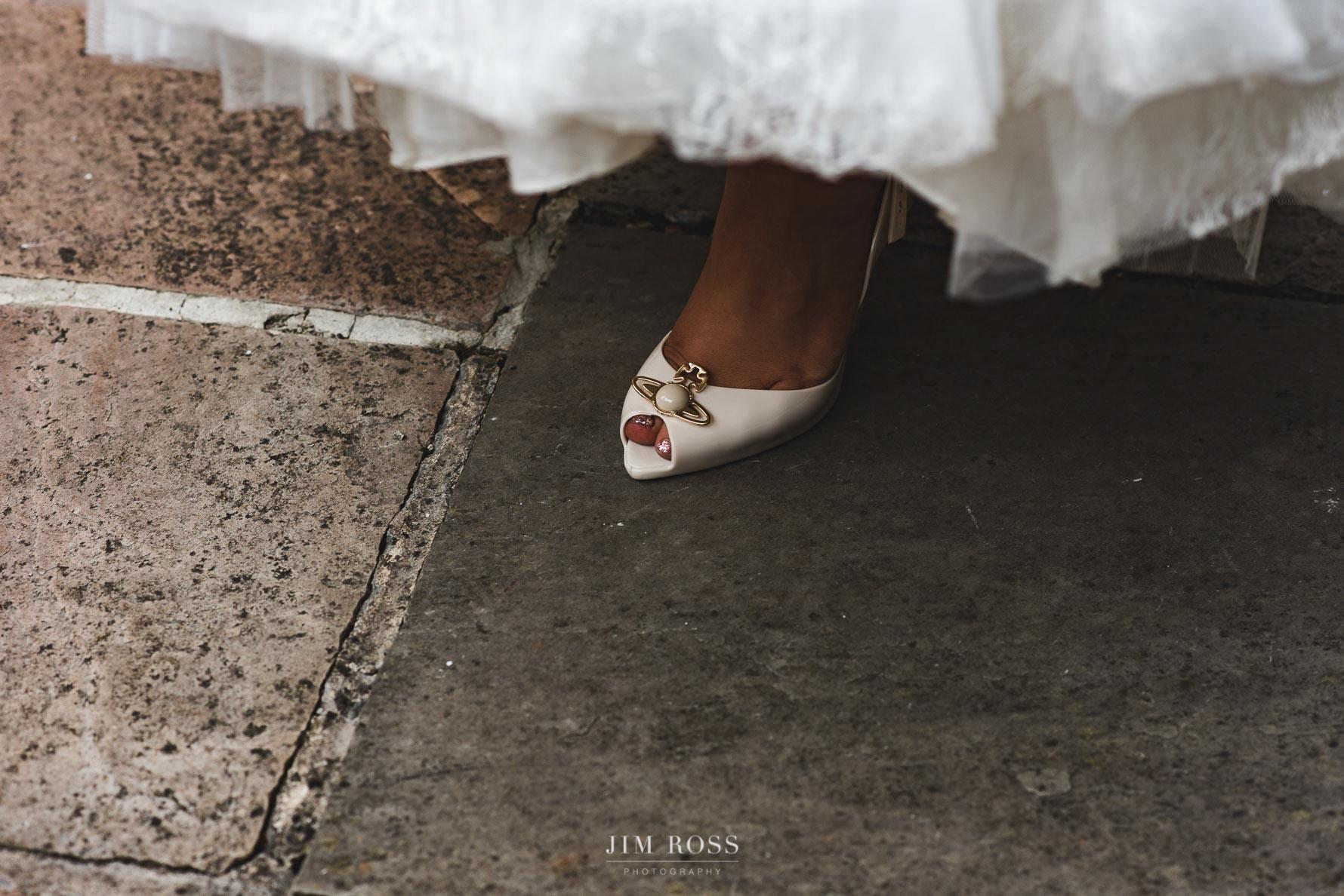 Glamorous wedding shoe