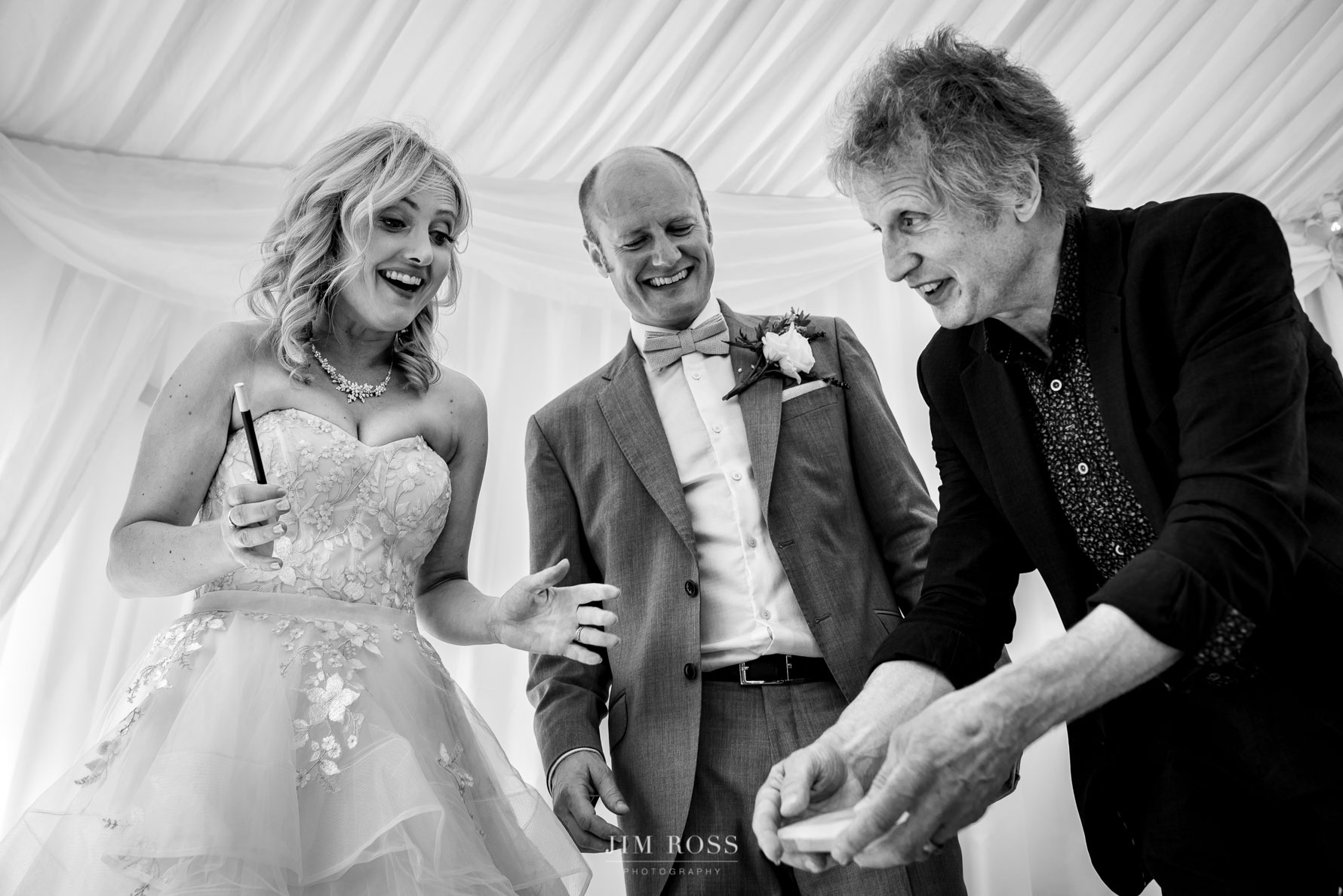 Magician wows newlyweds