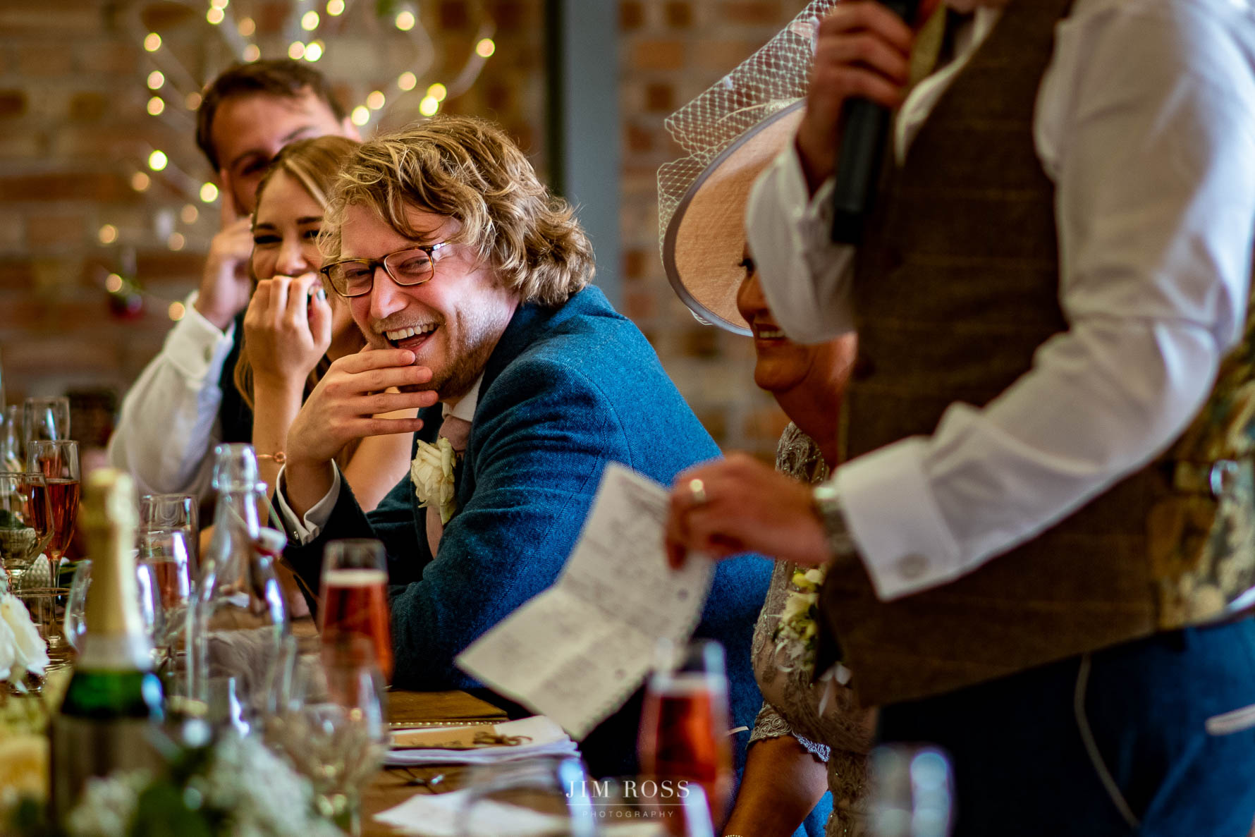 Top table giggles